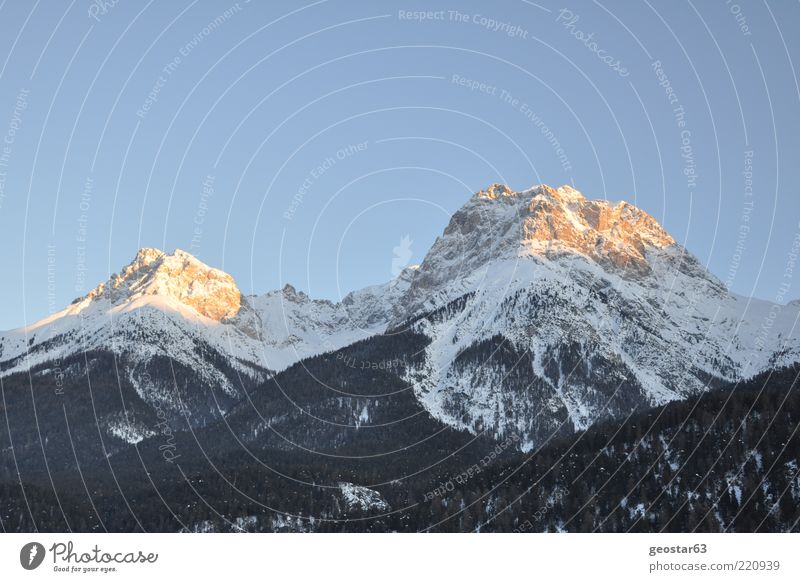 Berge in Graubünden (Schweiz) schön Ferien & Urlaub & Reisen Winter Berge u. Gebirge Landschaft Alpen Gipfel Schönes Wetter Blauer Himmel himmelblau