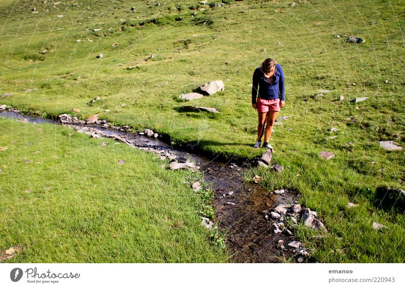 Wasserfrau Lifestyle Stil Freude Erholung ruhig Freizeit & Hobby Ferien & Urlaub & Reisen Ausflug Abenteuer Freiheit Expedition Sommer wandern Mensch Junge Frau