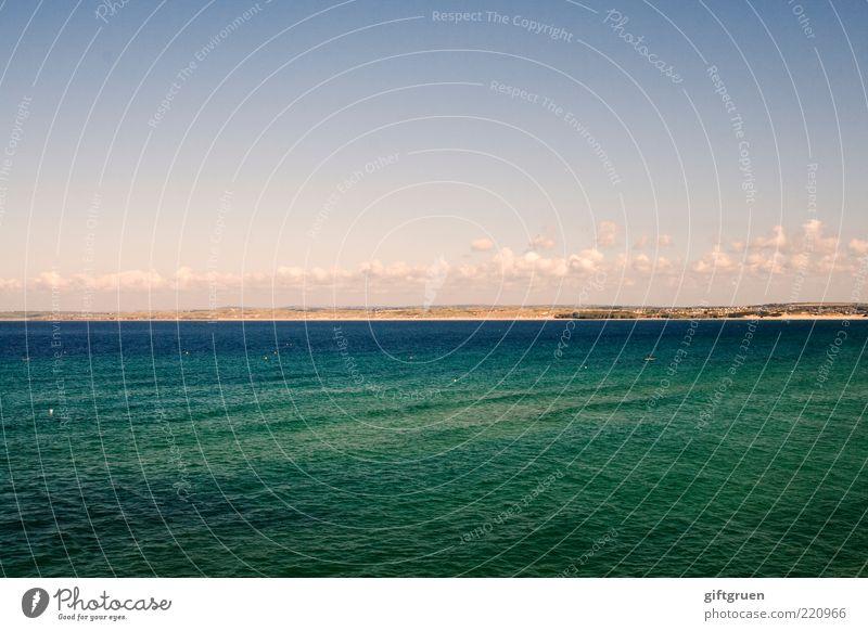 deep green sea Umwelt Natur Landschaft Urelemente Wasser Himmel Wolken Klima Schönes Wetter Wellen Küste Meer Insel grün Cornwall England Großbritannien