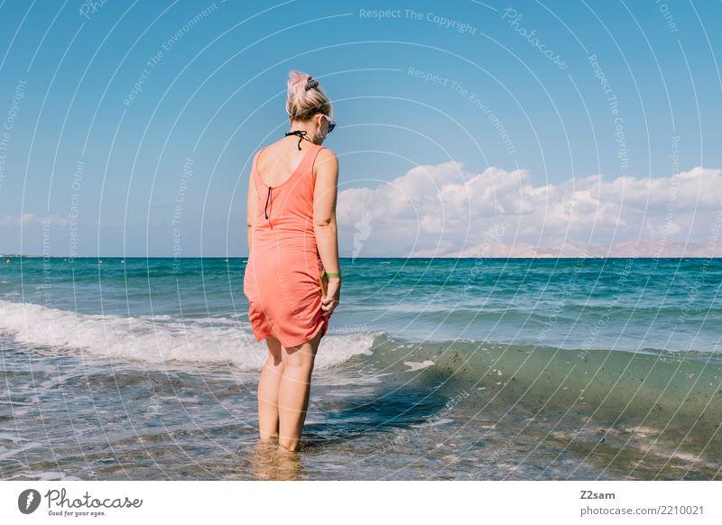neulich am Strand Natur Ferien & Urlaub & Reisen Jugendliche Junge Frau Sommer schön Wasser Landschaft Sonne Meer Erholung 18-30 Jahre Erwachsene Küste feminin