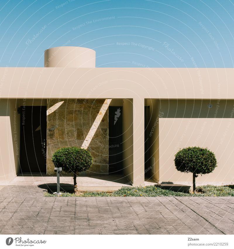 minimalism Sommer Stadt grün Sonne Baum Meer Haus natürlich Gebäude braun Design modern elegant ästhetisch Ordnung Idylle