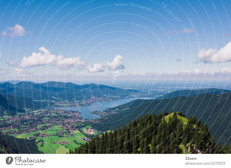 Tegernsee Berge u. Gebirge Umwelt Natur Landschaft Himmel Wolken Sommer Schönes Wetter Wald Alpen Gipfel See ästhetisch Ferne gigantisch groß blau grün Erholung