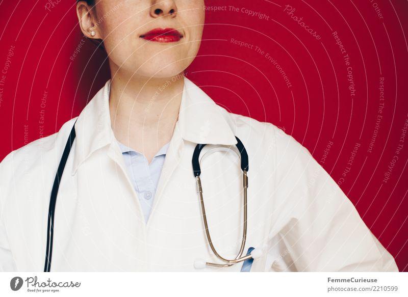 Doctor 24 Arbeit & Erwerbstätigkeit Beruf Arzt feminin Frau Erwachsene 1 Mensch 30-45 Jahre kompetent Vertrauen Medikament rot Krankenhaus Praxis Sprechstunde