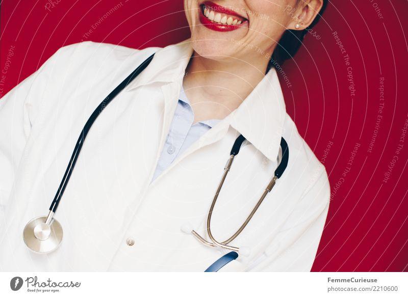 Doctor 25 Arbeit & Erwerbstätigkeit Beruf Arzt feminin Frau Erwachsene 1 Mensch 30-45 Jahre kompetent Kittel Stethoskop Arbeitsbekleidung Schutzbekleidung rot