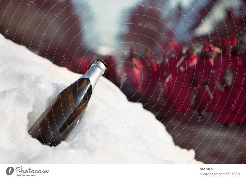 feuchtfröhlich Getränk Alkohol Bier Bierflasche Freude Veranstaltung ausgehen Feste & Feiern Karneval Karnevalskostüm Karnevalszug Mensch Erwachsene Leben