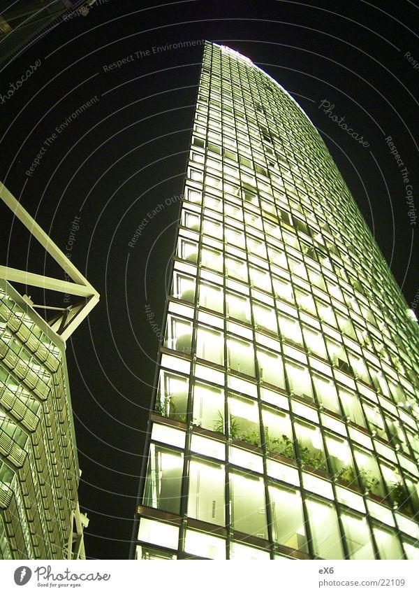 DB Tower Eisenbahn Hochhaus Nacht Licht Architektur Berlin