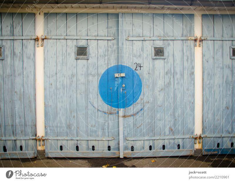 Ein Tor zum lächeln blau Holz Glück außergewöhnlich Stimmung Zufriedenheit retro Lächeln Fröhlichkeit einzigartig niedlich geschlossen Kreis
