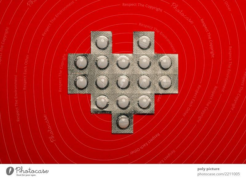 Tabletten-Packung in Herz-Form Gesunde Ernährung schön rot Freude Gesundheit Traurigkeit Gefühle Gesundheitswesen Kraft Erfolg Fitness Krankheit Medikament