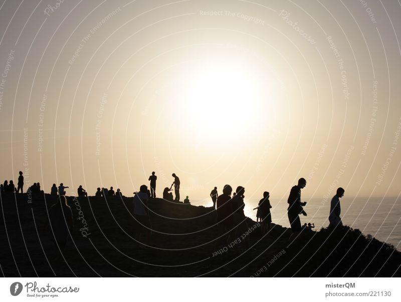 Sonnenanbeter. Mensch Himmel Ferien & Urlaub & Reisen Sonne Erholung Menschengruppe Zusammensein Zufriedenheit ästhetisch Schönes Wetter Zukunft Hoffnung viele Sonnenbad Fernweh Ereignisse