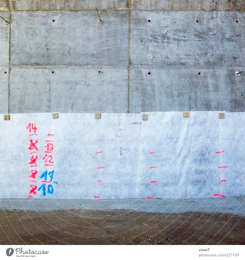 Ziffern Baustelle Stein Beton Zeichen Ziffern & Zahlen Schilder & Markierungen alt authentisch dunkel einfach einzigartig rosa Erinnerung Hinweis Wasserstand