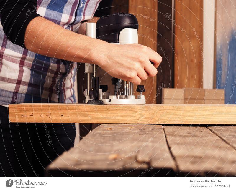 Fräsen Erwachsenenbildung Beruf Handwerker Arbeitsplatz Business Mensch Mann Körper 1 30-45 Jahre Arbeit & Erwerbstätigkeit wood machine carpenter mill work