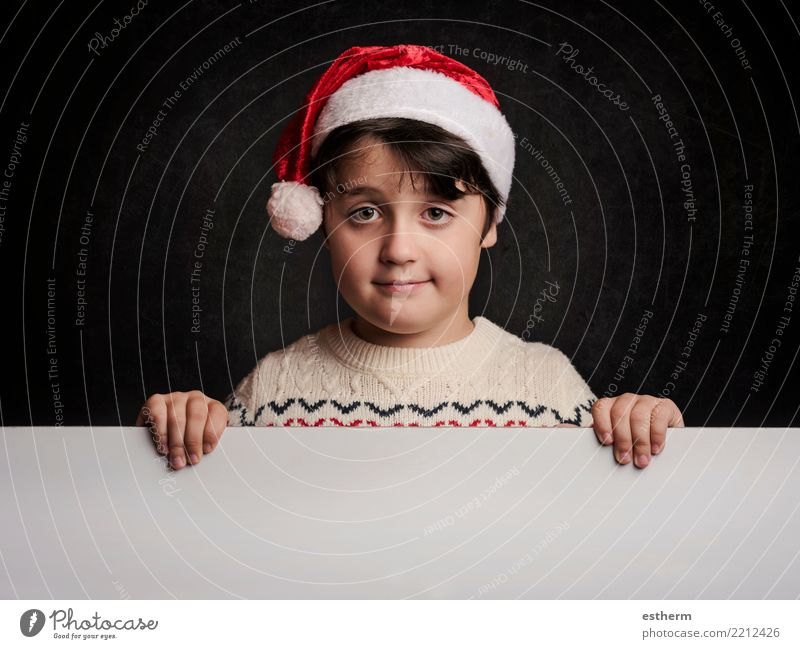 glückliches Kind zu Weihnachten Mensch Ferien & Urlaub & Reisen Weihnachten & Advent Freude Winter Lifestyle lustig Gefühle Feste & Feiern maskulin Kindheit