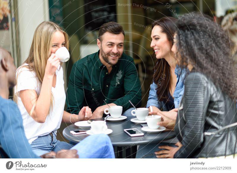 Frau Mensch Jugendliche Mann Sommer schön Freude 18-30 Jahre Erwachsene Lifestyle feminin lachen Glück Menschengruppe Zusammensein Freundschaft
