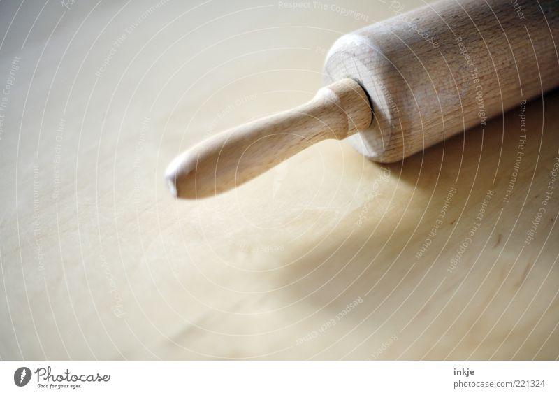 Nudelholz Ernährung Holz braun Häusliches Leben rund Küche Kochen & Garen & Backen Sauberkeit Griff Rolle Walze klassisch Bäckerei Haushaltsführung Tiefenschärfe Manuelles Küchengerät