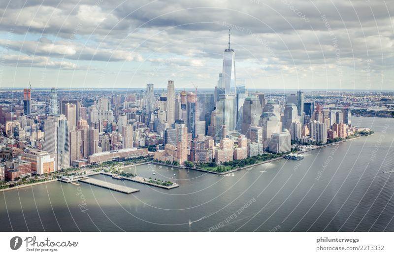 Skyline New York und Hudson River von oben Ferien & Urlaub & Reisen Tourismus Ausflug Abenteuer Freiheit Sightseeing Städtereise Kreuzfahrt Küste Fluss