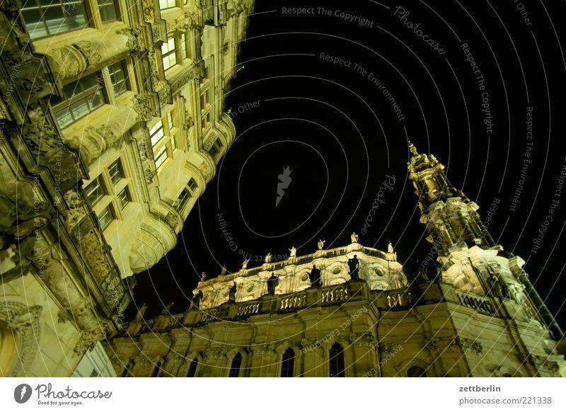 Residenzkirche Dresden alt Himmel Stadt Gebäude Architektur Fassade Kirche Turm Nachthimmel Denkmal Bauwerk historisch Skulptur