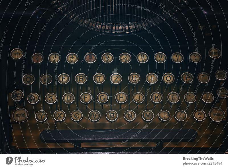 Tastatur der alten Weinleseschreibmaschine Freizeit & Hobby Technik & Technologie Schreibmaschine Originalität Kultur Tradition altehrwürdig Antiquität