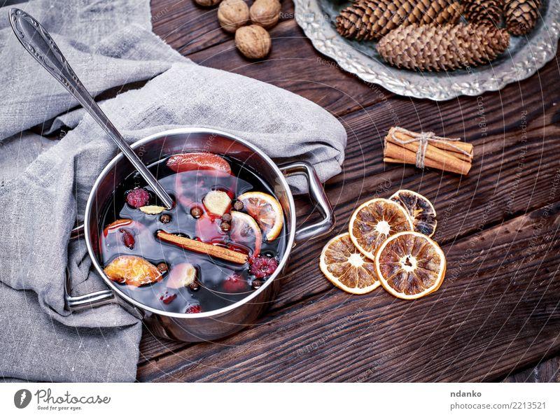 Weihnachten & Advent rot Winter Holz Feste & Feiern braun oben Tisch Kräuter & Gewürze Getränk heiß Apfel Tradition Alkohol Zucker aromatisch