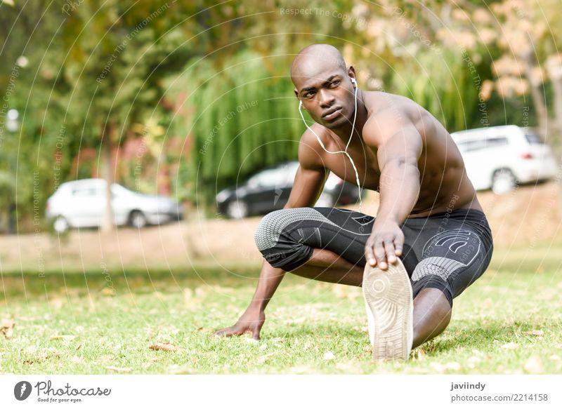 Mensch Jugendliche Mann nackt Erotik 18-30 Jahre schwarz Erwachsene Lifestyle Sport maskulin Körper Aktion Fitness stark Model