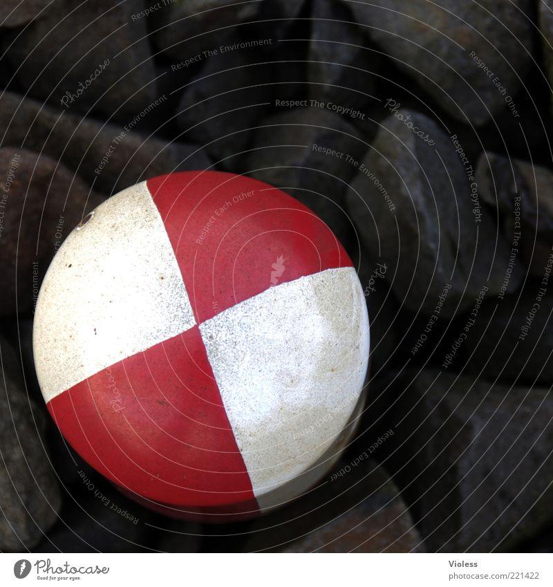 ein läns, oder? weiß rot schwarz Stein Schilder & Markierungen Gleise Zeichen Teilung Weiche Poller Schienenverkehr