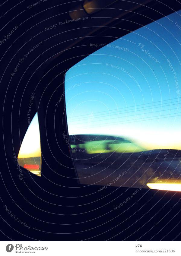 Madrid-Barcelona Bewegung PKW Verkehr Geschwindigkeit fahren Autofahren Fahrzeug Blauer Himmel KFZ Autoscheinwerfer Fensterblick