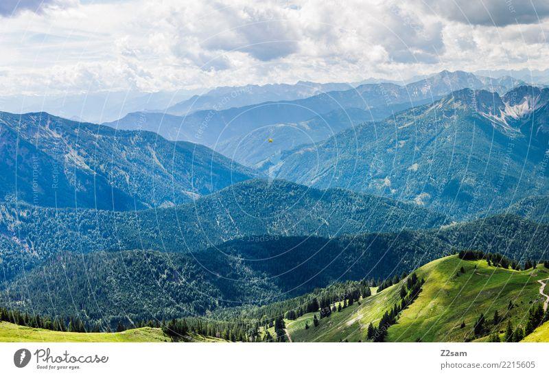 Gebirge im bayerischen Oberland Berge u. Gebirge Natur Landschaft Himmel Wolken Sommer Klima Schönes Wetter Alpen ästhetisch natürlich saftig grün Stimmung