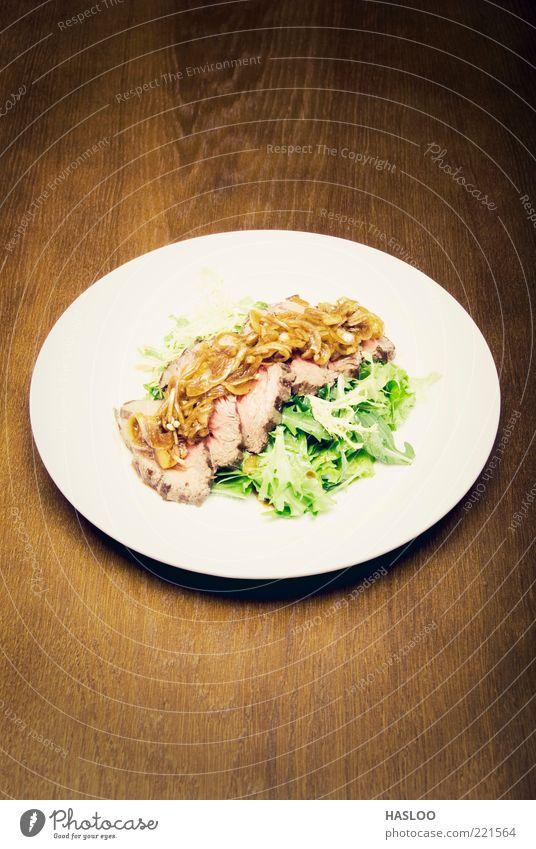 Fleischgericht Lebensmittel Gemüse Abendessen Teller Reichtum Restaurant heiß lecker grün rot weiß Appetit & Hunger Mahlzeit Geschmackssinn geschmackvoll