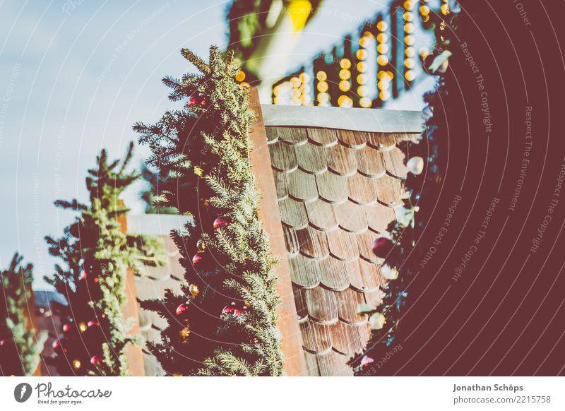 Deko an Verkaufsständen auf dem Erfurter Weihnachtsmarkt I Natur Pflanze Weihnachten & Advent Winter Beleuchtung Lampe leuchten Dekoration & Verzierung Hoffnung