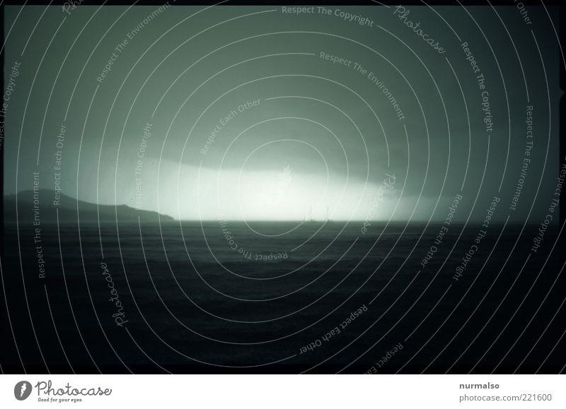 durchwettern Himmel Natur Wasser Ferien & Urlaub & Reisen Meer Herbst dunkel Umwelt Landschaft Regen Wind Freizeit & Hobby Nebel Wassertropfen Insel außergewöhnlich