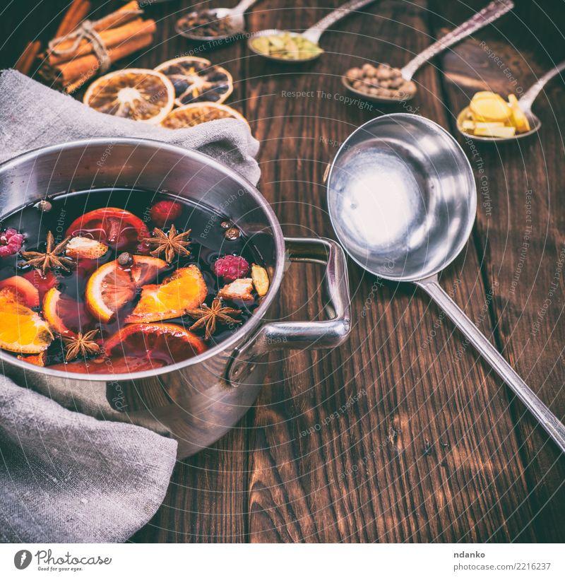 Weihnachten & Advent rot Speise Holz Feste & Feiern oben Tisch Kräuter & Gewürze Getränk heiß Tradition Essen zubereiten Alkohol Zucker aromatisch Löffel