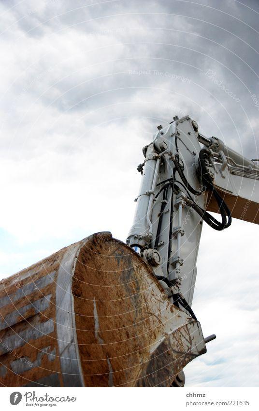 Bedrohlich Himmel Wolken Arbeit & Erwerbstätigkeit braun Kraft dreckig Kabel bedrohlich Baustelle Aggression Bagger Schaufel Mechanik Technik & Technologie