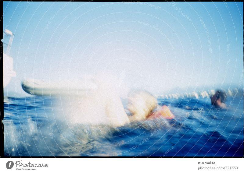 plumbs Mensch Natur Wasser Ferien & Urlaub & Reisen Meer Sommer Ferne Umwelt Spielen Freiheit Küste springen Kunst Wellen Schwimmen & Baden Freizeit & Hobby
