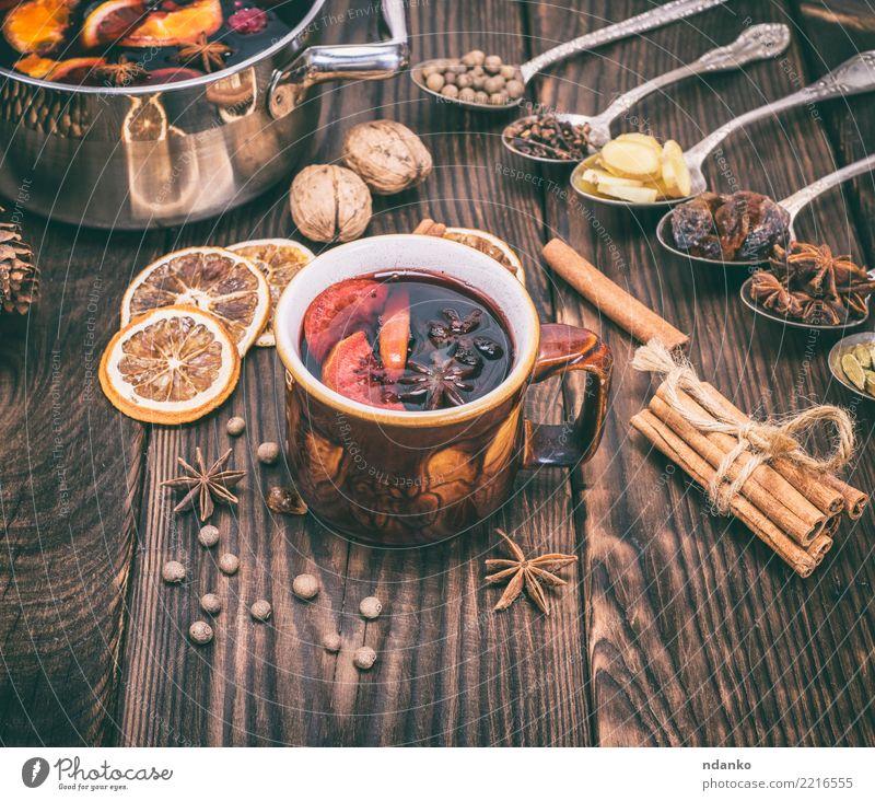 Weihnachten & Advent rot Winter Essen natürlich Holz Feste & Feiern braun Frucht Dekoration & Verzierung Tisch Kräuter & Gewürze Getränk heiß Tradition Tasse