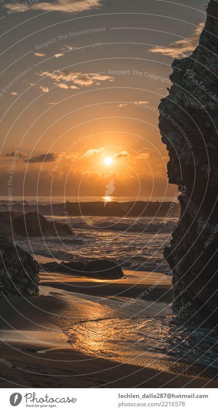 Zwischen den Felsen Ferien & Urlaub & Reisen Tourismus Ausflug Abenteuer Ferne Freiheit Sightseeing Sommer Sommerurlaub Sonne Strand Meer Coolness Kraft
