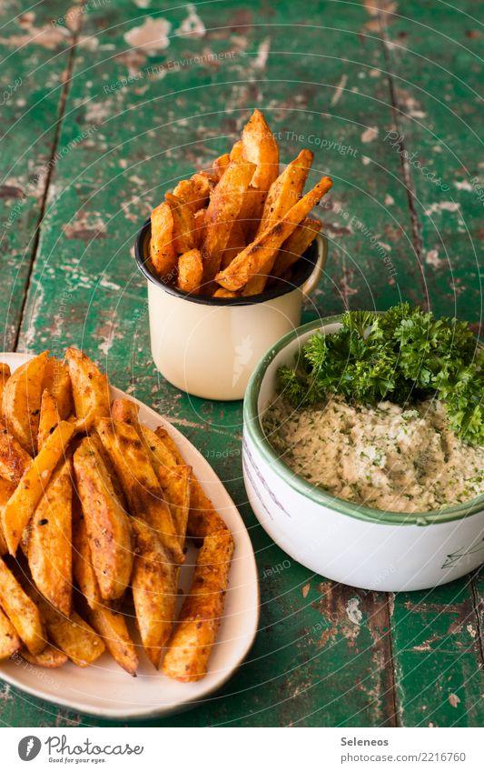 Süßkartoffelpommes Essen Gesundheit Lebensmittel Ernährung frisch lecker Gemüse Bioprodukte Vegetarische Ernährung Snack Fastfood Pommes frites Petersilie Dip