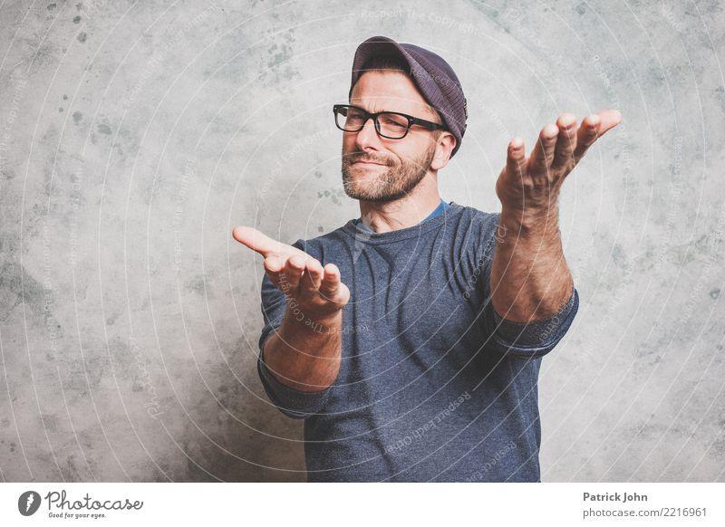 Las dich anshen maskulin Homosexualität Mann Erwachsene Männlicher Senior 1 Mensch 30-45 Jahre Mütze Dreitagebart Kommunizieren authentisch Stadt Begeisterung