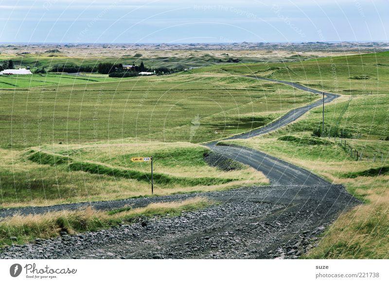 Weg Natur Meer grün Ferne Straße Wiese Wege & Pfade Landschaft Küste Schilder & Markierungen fahren Ziel Kurve Island Grasland Umwelt