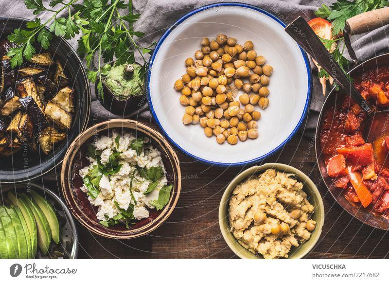 Schüsseln mit vegetarischem Essen Lebensmittel Gemüse Salat Salatbeilage Getreide Kräuter & Gewürze Ernährung Mittagessen Büffet Brunch Bioprodukte