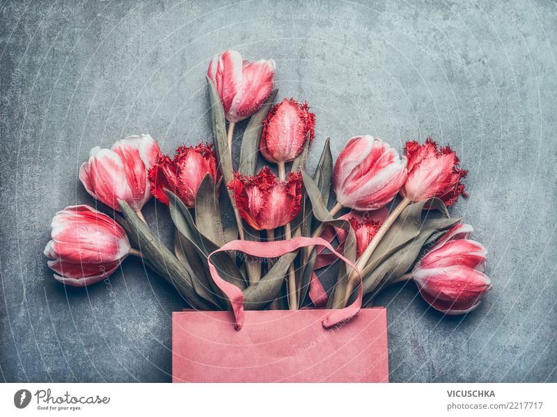 Einkaufstasche mit schönen Tulpen kaufen Stil Design Feste & Feiern Valentinstag Muttertag Hochzeit Geburtstag Natur Frühling Blume Dekoration & Verzierung