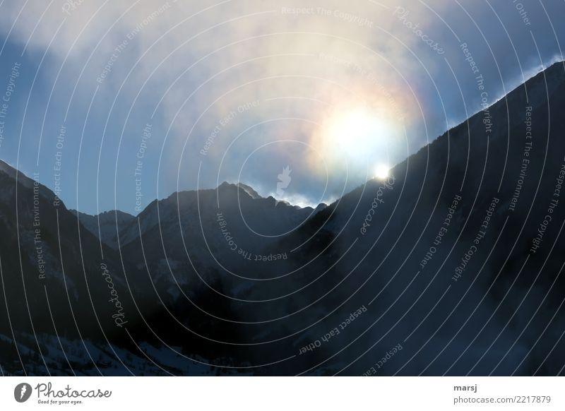 Eiskalter Morgen heute Himmel Natur Sonne Landschaft Winter Berge u. Gebirge leuchten Kraft Schönes Wetter Hoffnung Frost Winterurlaub demütig Halo