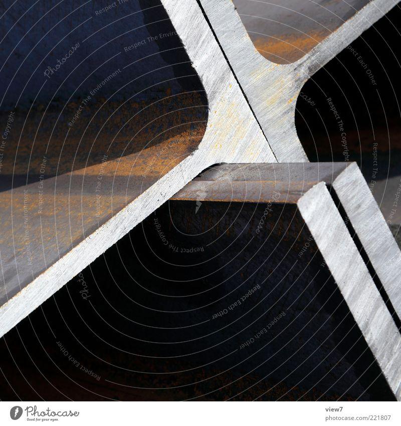 STAHL Metall Stahl Rost Zeichen Linie alt ästhetisch dunkel authentisch eckig einfach groß neu stark braun Ordnung Stahlträger Stahlkonstruktion Eisen