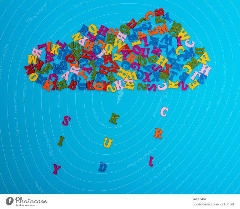 Zahl einer Wolke von bunten Holzbuchstaben Dekoration & Verzierung Wolken Regen blau gelb grün rot Farbe Idee viele Gußeisen Alphabet Entwurf