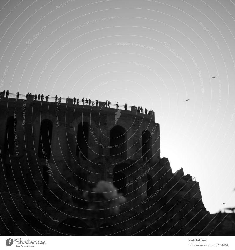 Publikumsmagnet Mensch Menschenmenge Architektur Natur Landschaft Rose Park Hügel Felsen Rom Italien Europa Stadt Stadtzentrum Ruine Bauwerk Gebäude Torbogen
