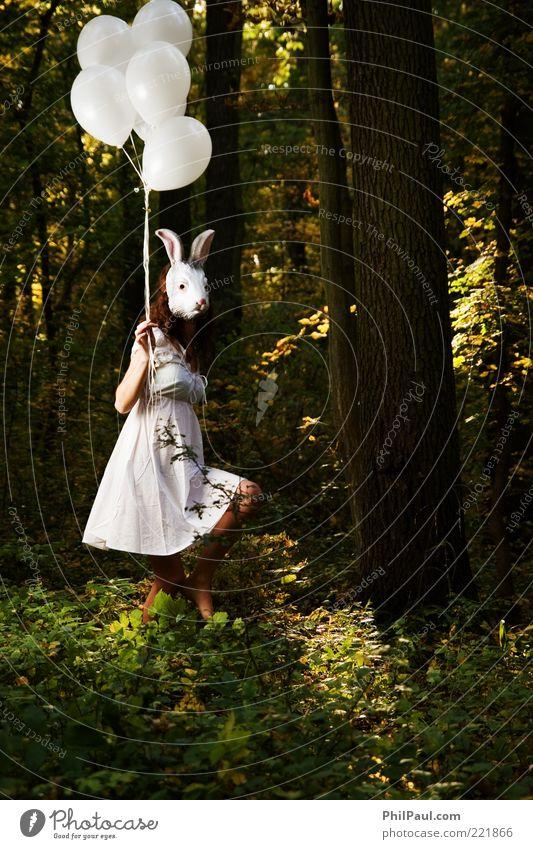 Follow the white rabbit II Mensch Natur Jugendliche Wald feminin Feste & Feiern Umwelt laufen Luftballon Kleid Maske Karneval geheimnisvoll außergewöhnlich gruselig obskur