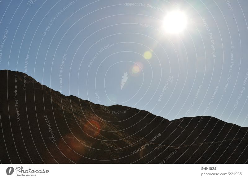 Sandgrube Himmel Sonne blau Sommer ruhig schwarz kalt Berge u. Gebirge Wärme Landschaft braun elegant Horizont Felsen Erde