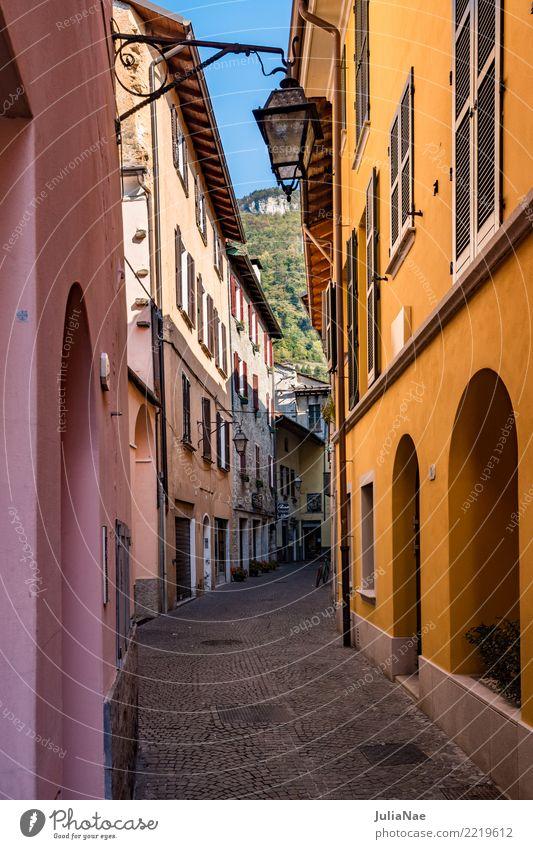Häuser in der Altstadt Gravedona am Comer See Ferien & Urlaub & Reisen alt Stadt Haus Reisefotografie Europa Italien historisch Sehenswürdigkeit Gasse Lombardei