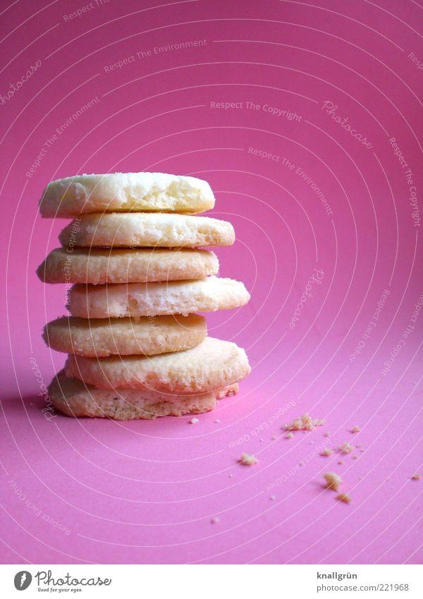 Weihnachtsbäckerei Lebensmittel Teigwaren Backwaren Keks Plätzchen liegen Duft lecker rund süß rosa Gefühle Vorfreude genießen Tradition Kalorie Krümel