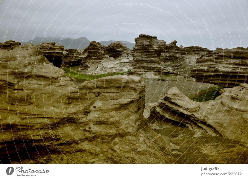 Island Natur Himmel Wolken dunkel Stein Landschaft Stimmung Umwelt Felsen Erde wild natürlich außergewöhnlich Gesteinsformationen