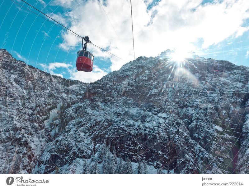 Oldtimer Himmel alt weiß Sonne blau rot Winter Wolken kalt Schnee Berge u. Gebirge Stimmung groß hoch ästhetisch Alpen