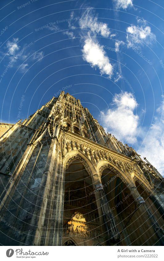 Ulmer Münster LT14.11 alt Stein Gebäude Architektur Fassade Kirche Turm Bauwerk historisch aufwärts Säule Dom Wahrzeichen Christentum Ornament